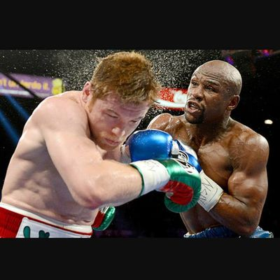 #onthisday happened a lot. Floyd showed us that he is on another level making the naturally larger man look like his son.
