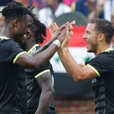 Hazard praises Batshuayi after 0-4 win