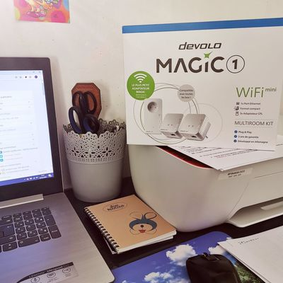 Lorsque tu es une famille connectée , comment faire pour avoir du wifi partout ?