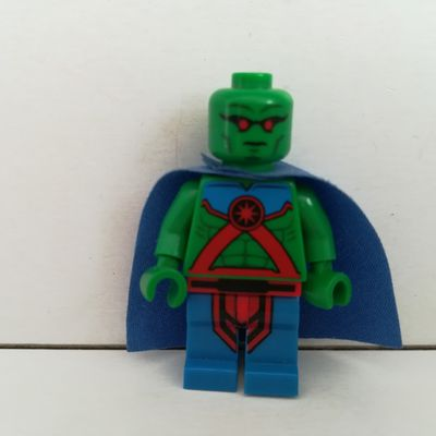 LEGO SUPER HEROS MARTIAN MANHUNTER