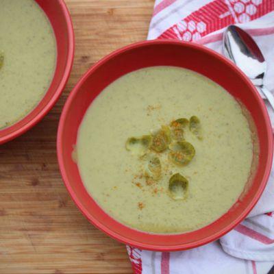 Soupe de choux de Bruxelles au curry
