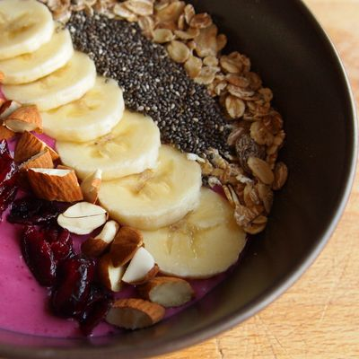 Smoothie bowl fruits rouges
