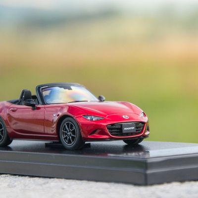 1:43 Mazda MX-5 Roadster ND Seoul Red, Hi Story (HS129RE)