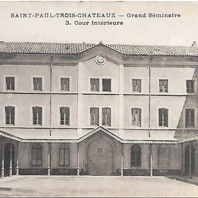 Le Grand Séminaire à Saint-Paul-Trois-Châteaux (N°216)