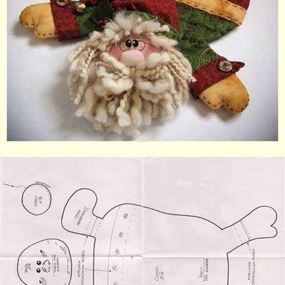 Idées de Pères-Noël en feutrine