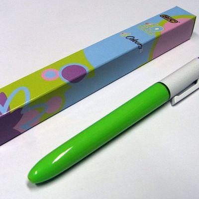Innovation sur le vieux stylo 4 couleurs !